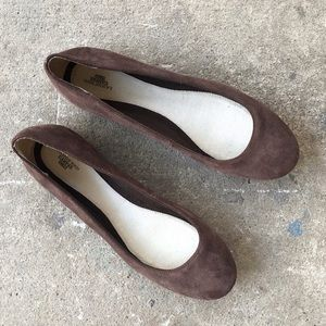 🆕 Listing!  Lands' End | Brown Suede Flats